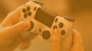 videopokeri Playstationille peliohjain 300x166 - videopokeri-Playstationille-peliohjain